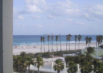 2001 Miami43
