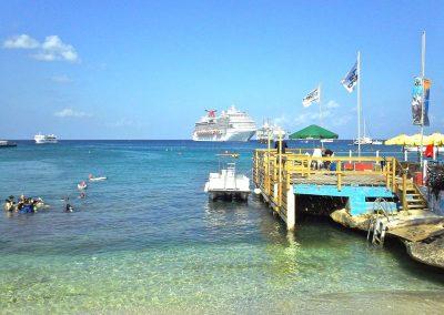 2011 Cayman17